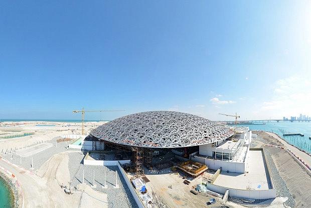 Открытие Лувра в столице ОАЭ планируется в ноябре 2017 года