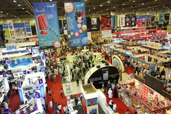 Ночная ярмарка в Дубае – отличное место для покупок в Рамадан
